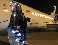 وصول أوزيل إلى تركيا بعد انضمامه إلى فناربخشة