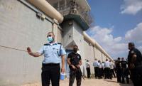الاحتلال يحقق في نفق سجن جلبوع
