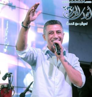 """عمر العبداللات يغني """"الفنجان"""" - فيديو"""