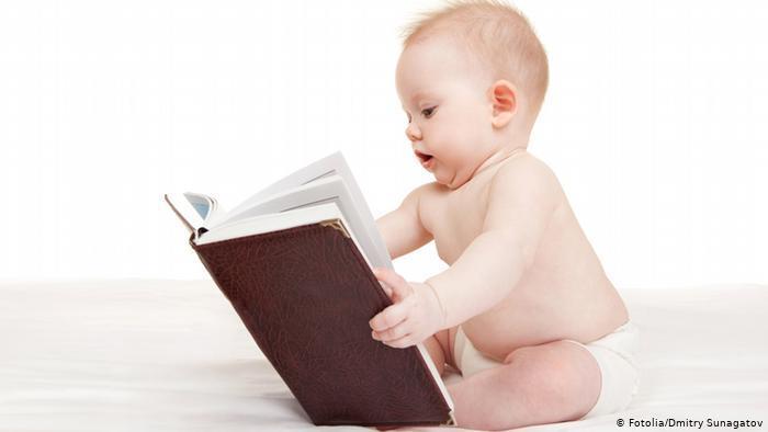 خبراء يحددون عمر الإنجاب المثالي على حسب عدد الأطفال