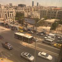 مصدر يكشف حقيقة مخالفة الألف دينار لمستخدمي مسار الباص السريع